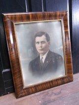 アンティーク ウォールオーナメント 19世紀 着色写真 肖像画 男性 紳士 フレーム 額縁 ビンテージ