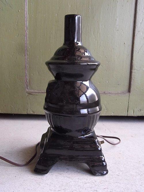 other photographs.2: アンティーク 1灯 デスクランプ ストーブ型 ストーブモチーフ 陶器 ビンテージ