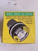 アンティーク アメリカ製 BUSS FUSTATS NOT JUST A FUSE ソケット型ヒューズ FOUR S 8 箱入りデッドストック ビンテージ