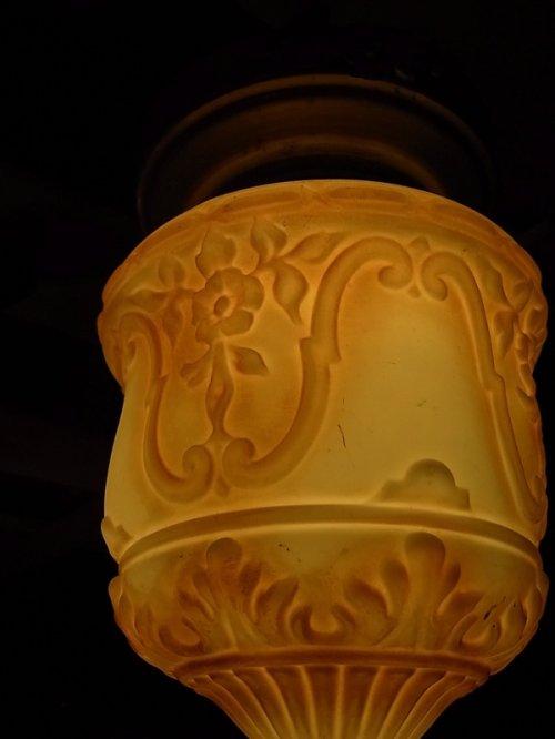 other photographs.3: アンティーク 照明器具 柄付ミルクガラスシェード  ペンダントランプ 1灯 シーリングライト ビンテージ