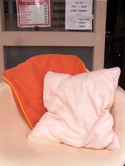 画像4: アンティーク クッション クッションカバー付きクッション オレンジ ヴィンテージ その1