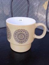 アンティーク マグカップ ミルクガラス ライトブラウン グレー プリントマグ ビンテージ