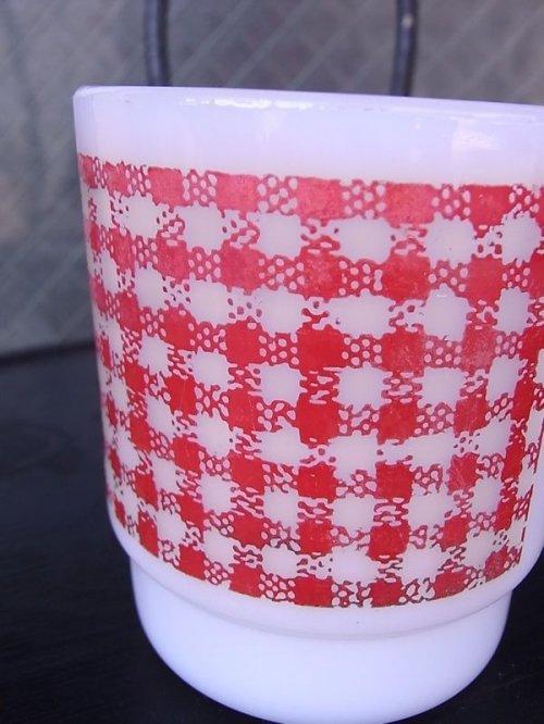 other photographs.2: アンティーク ファイヤーキング スタッキング マグカップ スクエアギンガム レッド ビンテージ その2