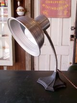 アンティーク マシーンエイジ 1灯 インダストリアル テーブルランプ メタルシェード スイッチ付き ビンテージ