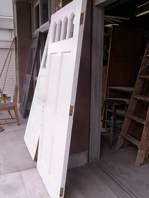 other photographs.2: アンティーク 4分割ガラス窓付木製ドア ホワイト ビンテージ
