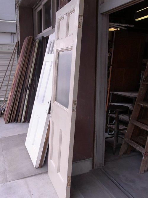 other photographs.2: アンティーク ガラス窓付木製ドア アイボリー 型板ガラス ビンテージ