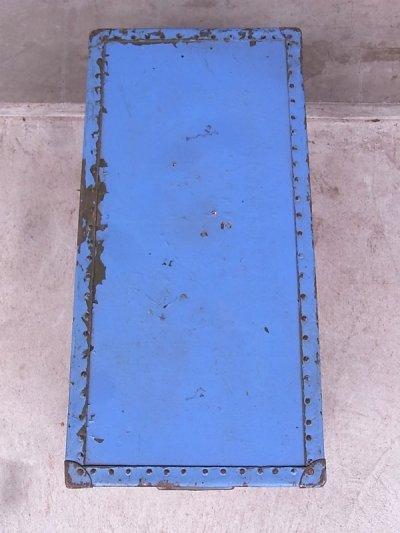 画像5: アンティーク トランク 中型トランク スーツケース ブルー×ブラウン タテ開き コーヒーテーブルに ビンテージ