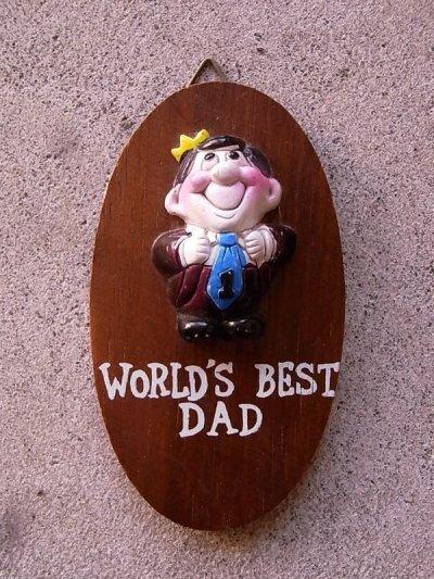 画像1: メッセージドール 人形 壁掛け world's best dad ウォールデコ ウォールオーナメント アンティーク ビンテージ