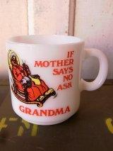 マグカップ ミルクガラス プリントマグ IF MOTHER SAYS NO ASK GRANDMA アンティーク ビンテージ