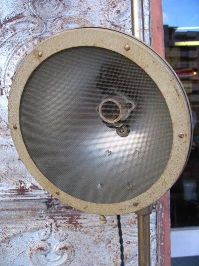 画像3: インダストリアルライト 1灯 フロアランプ スポットライト メタルシェード メッシュシールド スイッチ付き 角度 高さ 変更可能 アンティーク ビンテージ