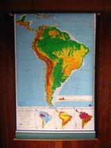 地図 スクールマップ ロールダウン式マップ SOUTH AMERICA 南米地図 PICTORIAL RELIEF 壁掛け 店舗什器 アンティーク ビンテージ