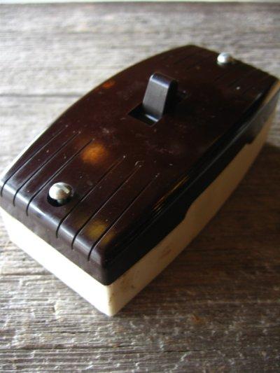 画像1: 1930'S アメリカ製 BRYANT ブライアント サーフェイススイッチ レバースイッチ タンブラースイッチ ベークライト ポーセリン BAKELITE 箱付 NOS デッドストック アンティーク ビンテージ