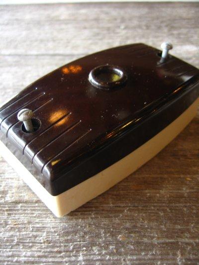 画像2: 1930'S 40'S アメリカ製 BRYANT SURFACE JUNCTION BOX ジャンクション ライティング シーリングベース ベークライト ポーセリン 箱付 デッドストック 配線ダクト 引っ掛けシーリング 代わりに アンティーク ビンテージ