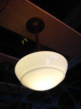 シーリングライト ミルクガラスシェード LEVITON 1灯 スクールハウスシーリング 真鍮 アンティーク ビンテージ