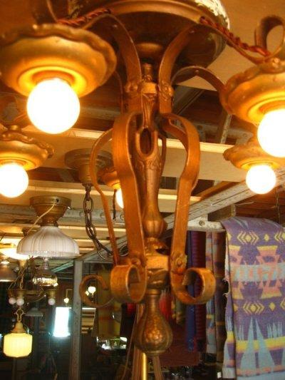 画像2: 1920'S シーリングライト ビクトリアン アールデコ 5灯 シャンデリア ベアバルブ 装飾 アイアン 真鍮メッキ アンティーク ビンテージ