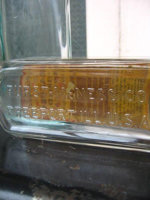 other photographs.2: 1940'S 50'S ガラスボトル 2本セット CHAMPION BRAND アドバタイジング アンティーク ビンテージ