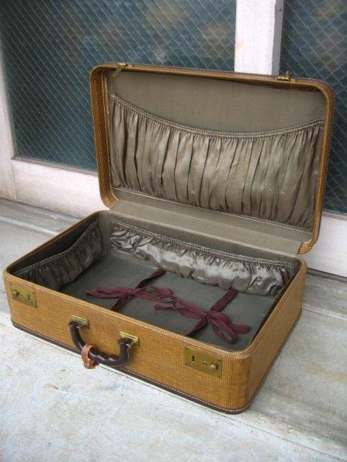 other photographs.1: 1940'S トランク american tourister luggage スーツケース クロコダイル ミントコンディション 店舗什器に アンティーク ビンテージ