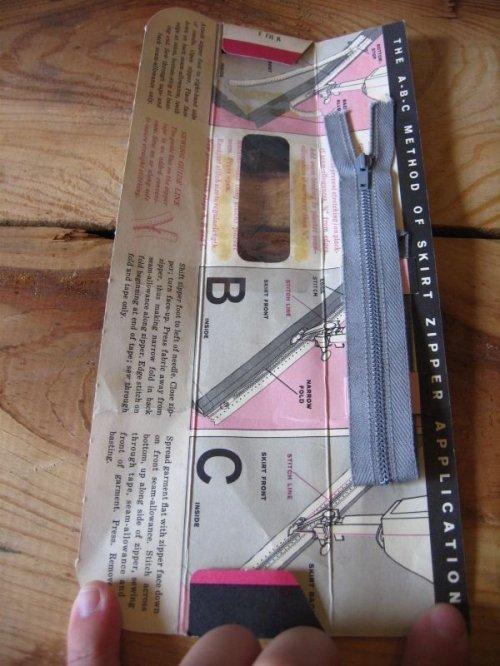 other photographs.2: 1940'S 50'S 60'S リックラック ジッパー 12個セット バイアステープ ヘムフェーシング シームバインディング リボンテープ リメイク 古着 デッドストック リメイクなどに アンティーク ビンテージ
