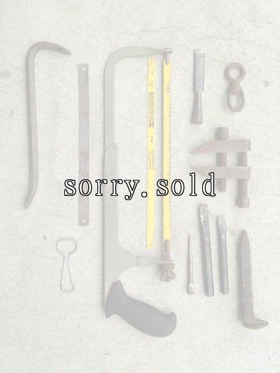 画像1: Old Carpenter's tools & Objet オブジェ 工具 ハンドソー 目打ち クランプ バール など セット組 ディスプレイに アンティーク ビンテージ