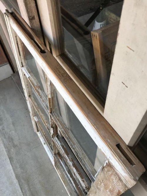 other photographs.2: shabby chic シャビーシック 木枠ガラス 窓  8分割 木製 ホワイト アンティーク ビンテージ