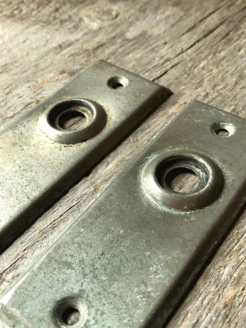 other photographs.1: ドアプレート バックプレート 2個セット 真鍮 クロームメッキ アンティーク ビンテージ