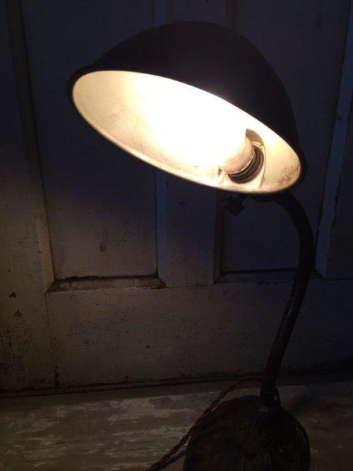 other photographs.3: インダストリアル デスクランプ タスクランプ 1灯 真鍮シェード アイアン アンティーク ビンテージ