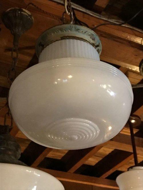 other photographs.2: シーリングペンダントライト ミルクガラスシェード 1灯 真鍮 アンティーク ビンテージ