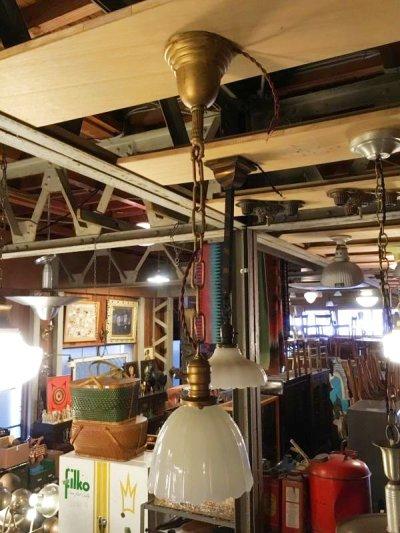 画像1: 1920'S 30'S ヘヴィーミルクガラスシェード スキャロップ柄 シーリングライト ペンダントライト 1灯 真鍮 アンティーク ビンテージ