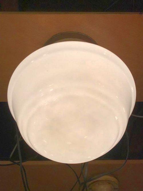 other photographs.1: 1930'S 40'S ミルクガラスシェード シーリングライト フラッシュマウント 1灯 スクールハウスシーリング 真鍮 アンティーク ビンテージ