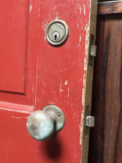 画像2: ガラス窓付き木製ドア ダークレッド×クリーム シャビー アンティーク ビンテージ