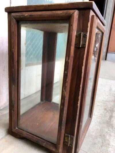 画像2: 1920'S 30'S 小型 木製枠 縦型 4面 ガラス ショーケース 展示ケース DISPLAY CASE SHOWCASE ディスプレー ケース ウッド 店舗什器 アンティーク ビンテージ