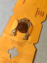 1950'S フィフティーズ ラッキーチャーム レア! デッドストック LUCKY CHARM HORSESHOE WITH LUCKY PENNY ホースシュー 馬 蹄鉄 A GOOD LUCK CHARM LINCOLN PENNY 1CENT ネックレスに キーホルダーに ディスプレイ アンティーク ビンテージ