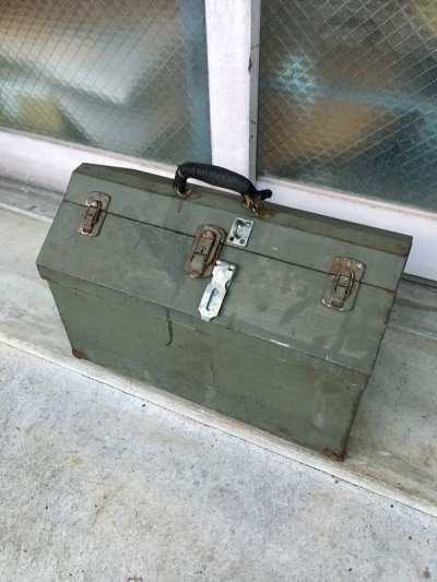 画像2: 1940'S 50'S ツールボックス 大型 メタルボックス ミリタリー アーミー 工具箱 収納ケース インダストリアル アンティーク ビンテージ