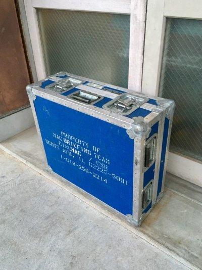 画像1: U.S.A.F. SCOTT AIR FORCE BASE エアフォースブルー U.S.AIRFORCE ステンシル ANVIL CASES アンビルケース アンヴィル ミリタリーコンテナ 収納ケース 機材ケース ストレージBOX 店舗什器に アンティーク ビンテージ