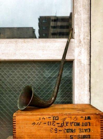 画像1: ブラスアート ブラスデコール ビューグル ラッパ ウォールデコ ウォールオーナメント 壁掛け ブラス 真鍮 アンティーク ビンテージ