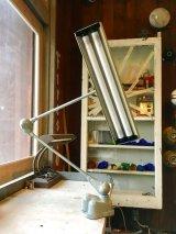 1960'S Flexo ART SPECIALTY Co. Fluorescent lamp フルーレセントランプ 蛍光灯 2灯 モダニズム ミッドセンチュリー オフィス インダストリアル デスクランプ フローティングアームライト no.2 アンティーク ビンテージ