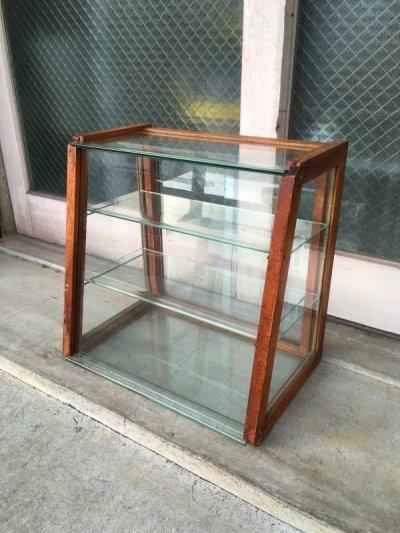 画像1: 1940'S 50'S 木製枠 全面ガラス ショーケース 展示ケース ディスプレイケース ショップ什器 店舗什器 カウンタートップケース 3段 ウッド クリアガラス ジュエリーショップ アクセサリーショップ アンティーク ビンテージ