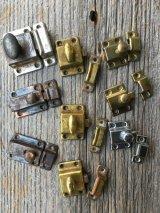 1920'S 30'S 40'S カップボードラッチ サーフェイスラッチ スモールラッチ 小型 ミニ キャビネットラッチ キャッチ スチール メッキ アンティーク ビンテージ