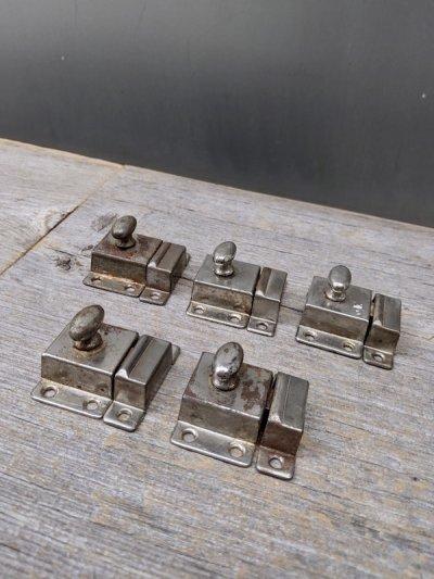 画像1: 1920'S 30'S カップボードラッチ サーフェイスラッチ スモールラッチ 小型 ミニ キャビネットラッチ キャッチ スチール メッキ アンティーク ビンテージ